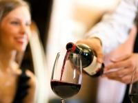 10 consejos para disfrutar del vino en el restaurante