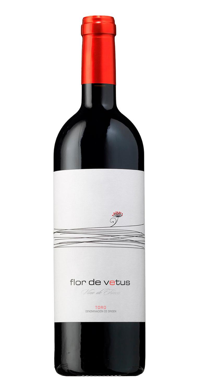 Botella del vino tinto Flor de Vetus, D.O. Toro.