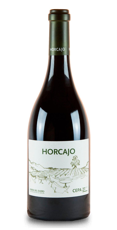 Botella del vino tinto Horcajo 2015