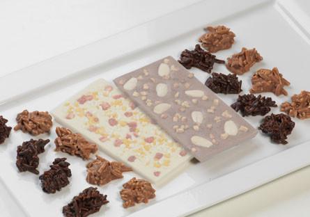 Rocas de chocolate con leche y chocolate blanco